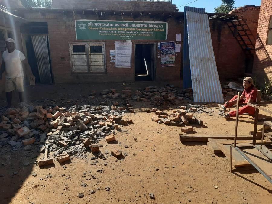 Bhagawati-School-demolizione3