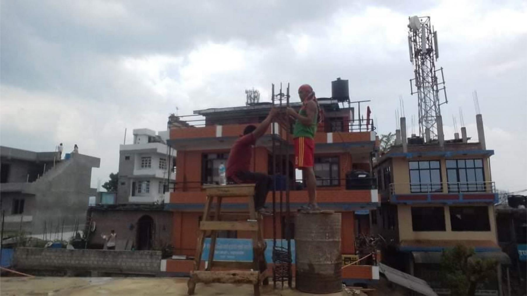 5.-pilastri-secondo-piano-Bhagawati-school