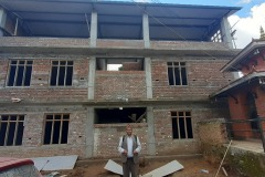 Terminata la struttura i lavori procedono... - Bhagawati School