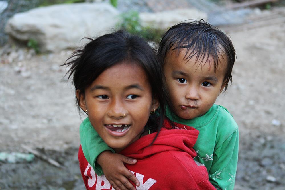 In groppa CiaoNamastè Nepal bambini