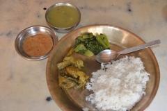 Piatto-tipico-nepalese-Dalbhat-CiaoNamastè-Nepal